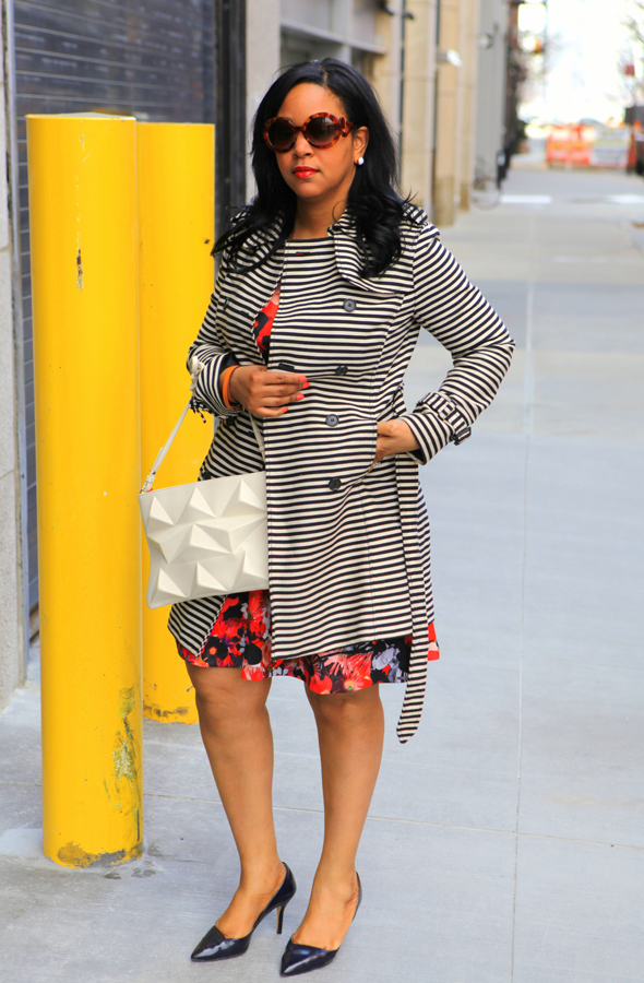 My style: Spring florals & stripes - Loft striped trench oat, H&M floral print dress, Zara Trafaluc pyramid bag, Zara pumps, Hermes Hapi 2 bracelet, Prada Baroque round sunglasses