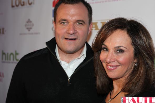 Greg Kelly & Rosanna Scotto - Ask Wendy