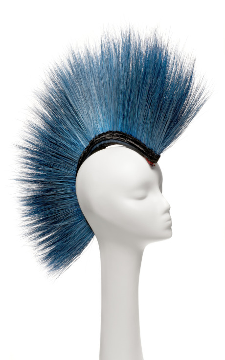 NEW YORK VINTAGE Blue Peacock Mohawk