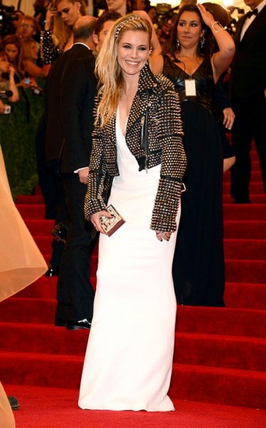 "Sienna Miller at The Metropolitan Museum of Art's Costume Institute benefit celebrating ""PUNK: Chaos to Couture"""