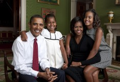 President Obama and family release official White house photo