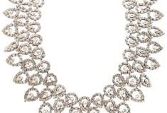 Bridal bauble – the bib necklace