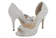 Bring on the studs: Boutique 9 Daraye D'orsay pump