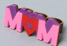 For the cool moms: Mom 3-Finger Ring by NEIVZ