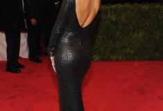 MET Gala 2012 Rihanna in Tom Ford alligator dress