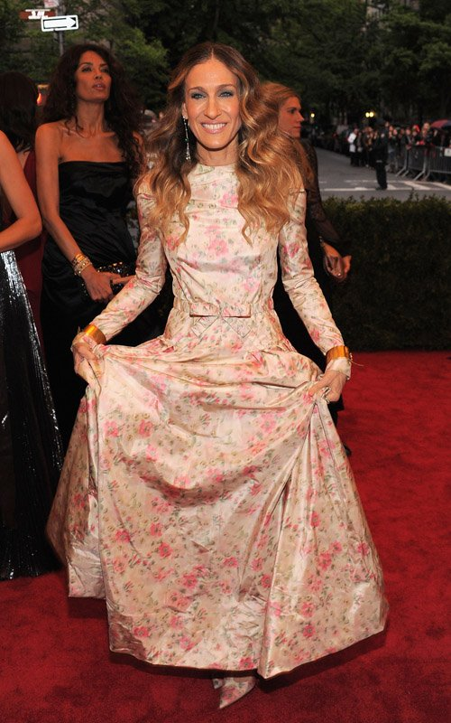 MET Gala 2012 Sarah Jessica Parker in floral print gown