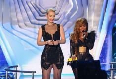 Iggy Azalea and Lil' Kim at the 2013 MTV Video Music Awards