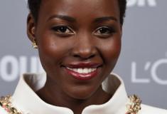 Get Lupita Nyong'o's perfect holiday makeup look!