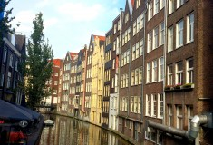 Europe Travel - Travel to Amsterdam - What's Haute In The World - canals